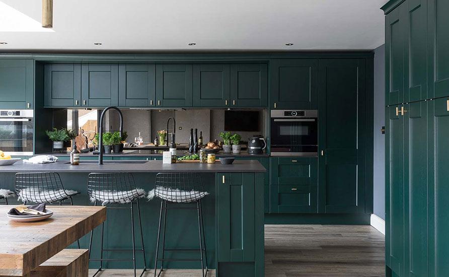 دکوراسیون آشپزخانه به رنگ سبز تیره